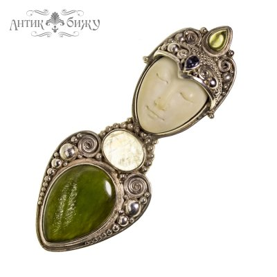 Винтажная серебряная брошь-кулон «Богиня-мать» от Sajen