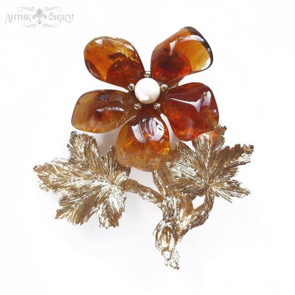 Винтажная брошь с янтарем «Цветок» от Swoboda для любителей старины и антиквариата