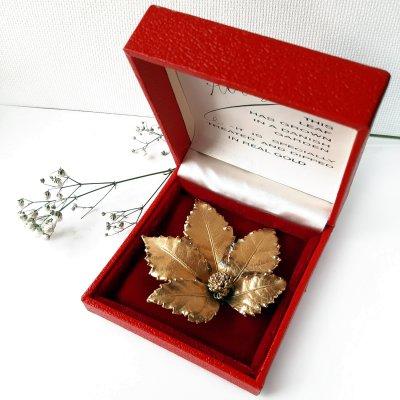 Винтажная брошь «Золотой листок» от Flora Danica