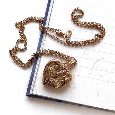 Винтажный кулон - медальон «Ангел» от Kirks Folly