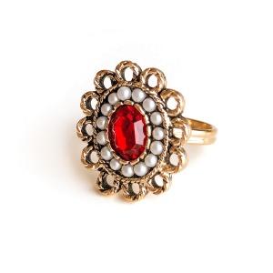 Винтажное кольцо «Lady in red» от Sarah Coventry