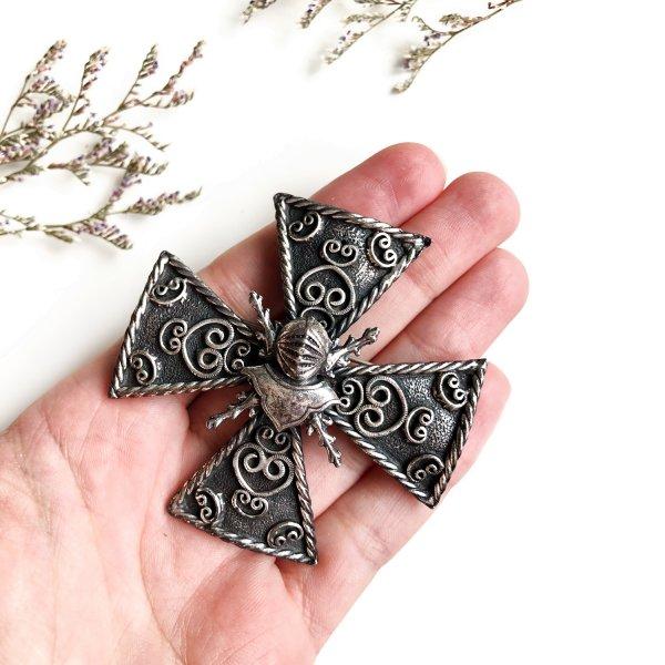 Винтажная коллекционная брошь «Мальтийский крест» от Accessocraft оригинальный и эксклюзивный подарок девушке