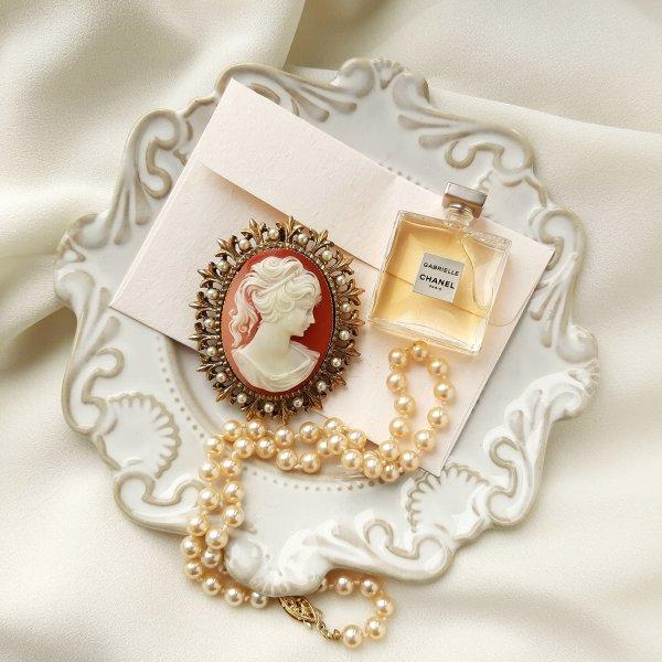 Винтажная крупная брошь - кулон с камеей оригинальный и эксклюзивный подарок девушке