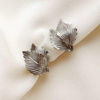 Винтажные клипсы «Серебряные листья» от Lisner