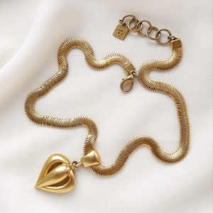 Винтажное колье «Сердце» от Anne Klein