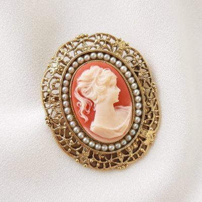 Винтажная брошь с камеей от 1928 Jewelry