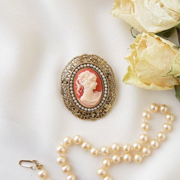 Винтажная брошь с камеей от 1928 Jewelry оригинальный и эксклюзивный подарок девушке
