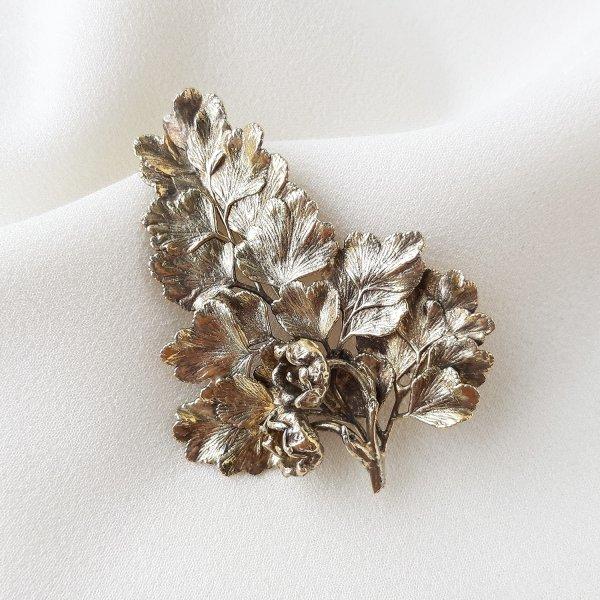 Винтажная серебряная брошь «Цветущий крыжовник» от Flora Danica для самых оригинальных и стильных