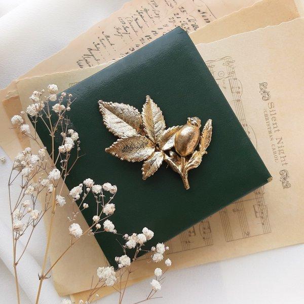 Винтажная брошь «Дикий шиповник» от Flora Danica для самых оригинальных и стильных