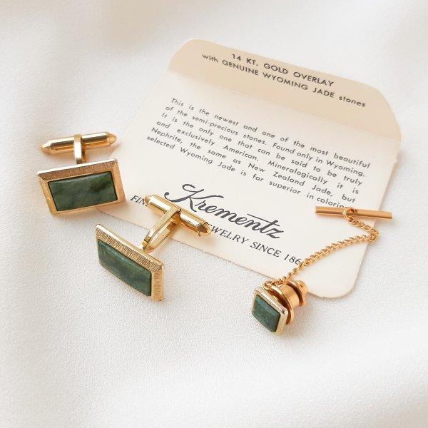 Винтажные запонки и пин для галстука «Нефрит» от Krementz для самых оригинальных и стильных