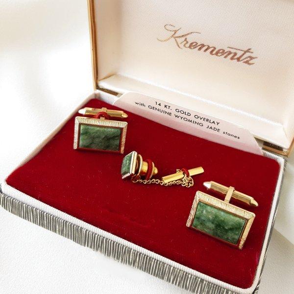 Винтажные запонки и пин для галстука «Нефрит» от Krementz оригинальный и эксклюзивный подарок девушке