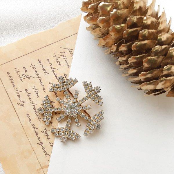 Винтажная брошь «Снежинка» от Eisenberg это настоящая бижутерия класса люкс