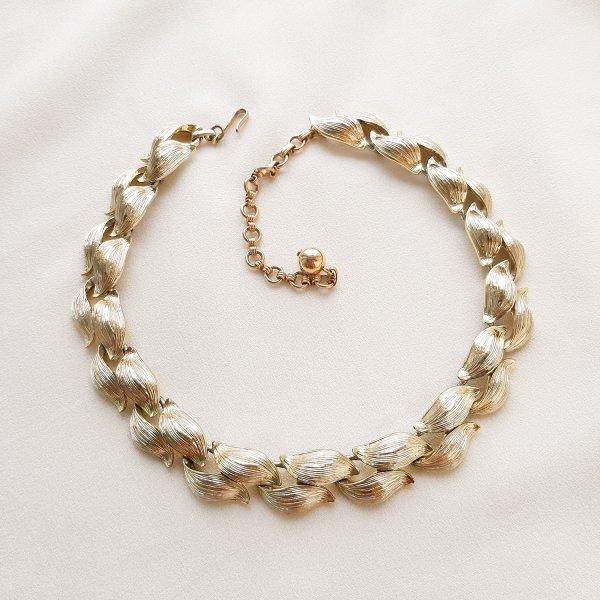 Роскошное винтажное ожерелье «Листья» от Lisner Старинные украшения