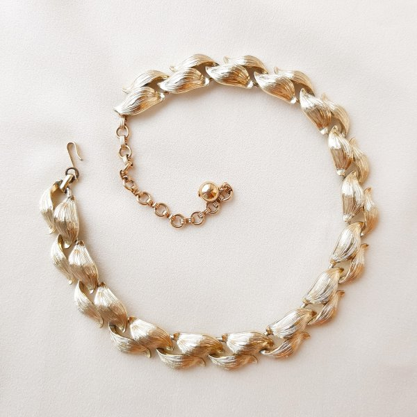 Роскошное винтажное ожерелье «Листья» от Lisner Купить
