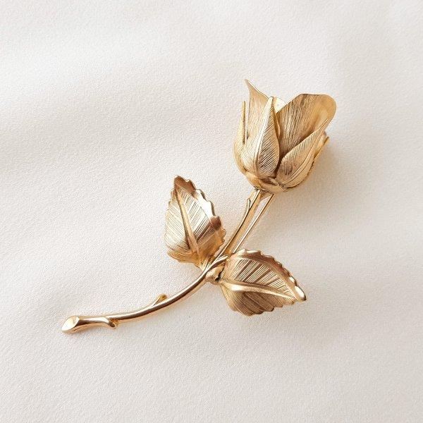 Винтажная брошь «Зимняя роза » от Giovanni это настоящая бижутерия класса люкс