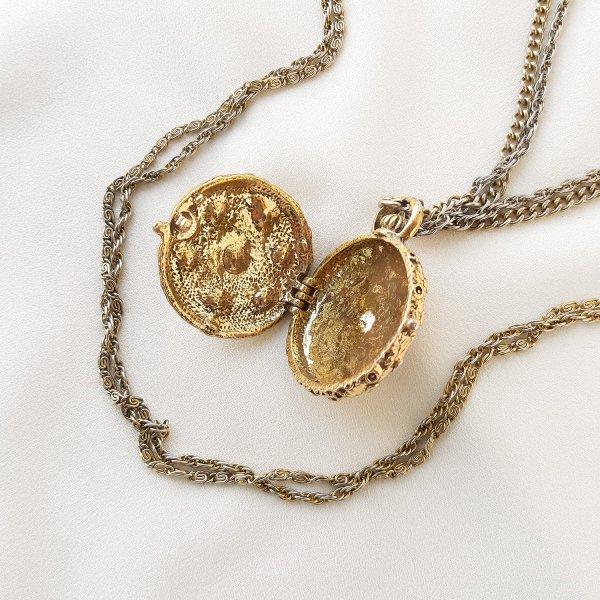 Винтажный роуп с медальоном от Goldette Купить антиквариат