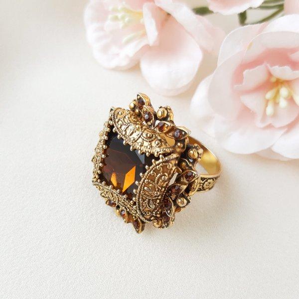 Винтажное коктейльное кольцо «Каприз» от Florenza Купить