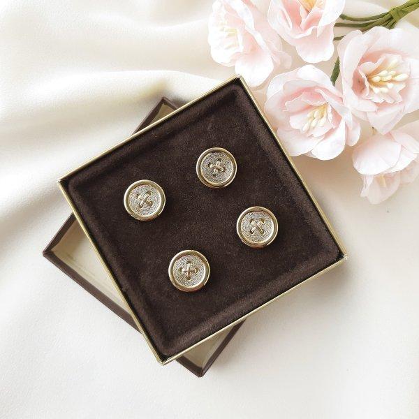 Винтажные накладки на пуговицы от Avon для любителей старины и антиквариата