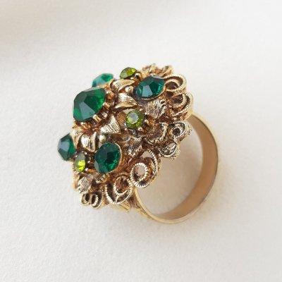 Винтажное коктейльное кольцо «Изумруд» от Art