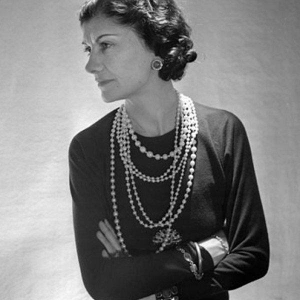 Жемчужные длинные бусы в стиле Шанель от Joan Rivers это настоящий редкий винтаж
