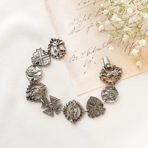 Винтажный браслет «Геральдика» от Art для любителей старины и антиквариата