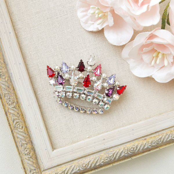 Винтажная брошь «Королевская корона» от B. David для любителей старины и антиквариата