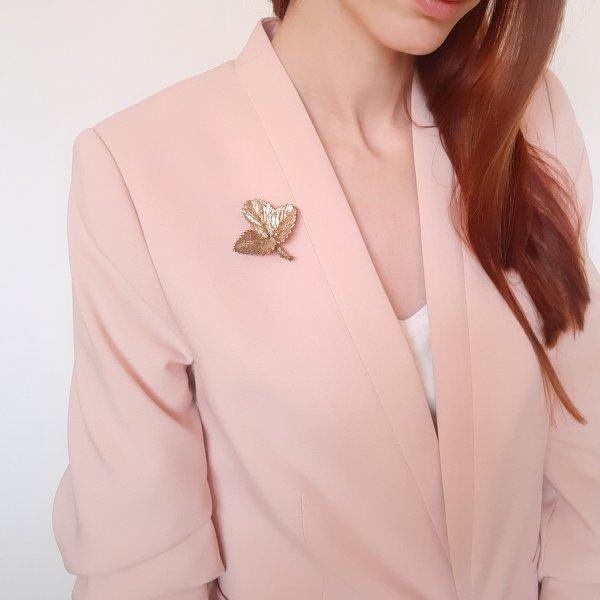 Винтажная серебряная брошь «Лист клубники» от Flora Danica оригинальный и эксклюзивный подарок девушке