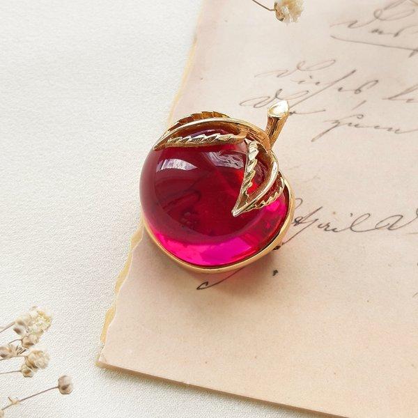 Винтажная брошь «Райское яблочко» от Sarah Coventry Купить
