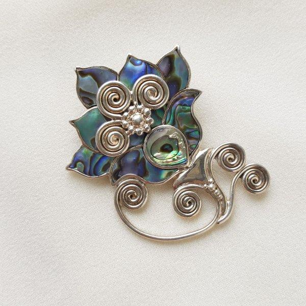 Винтажная брошь - кулон «Волшебный цветок» от Sajen Купить винтаж