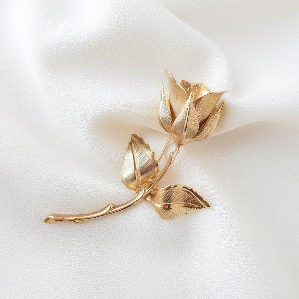 Винтажная брошь «Роза Христа» от Giovanni Купить винтаж