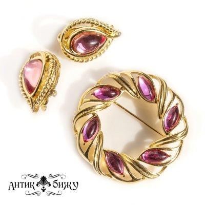 Яркий комплект «Розовые мечты» от Trifari