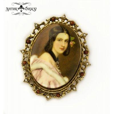 Винтажная брошь «Леди Джейн» от Art