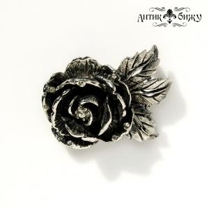 Винтажная брошь «Роза в росе» от Goldette